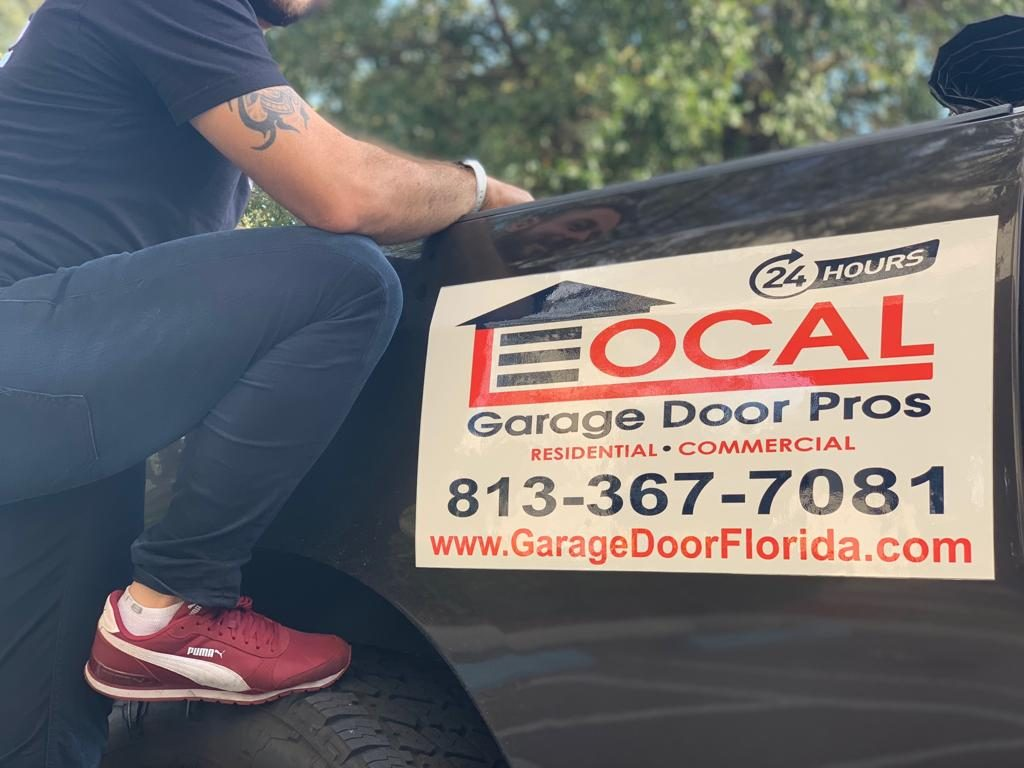 Local garage door pros Tampa