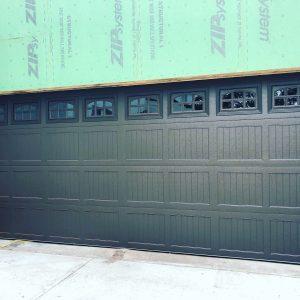 hurricane-garage-door-new-garage-door-tampa-garage-door-installation