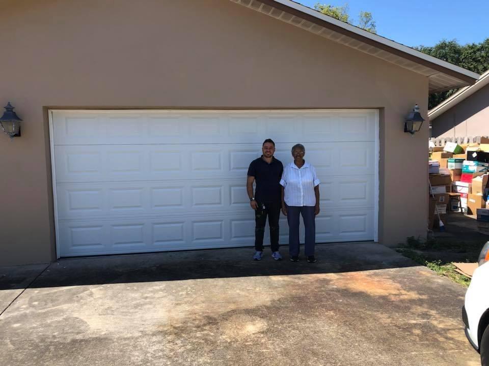Wesley Chapel garage door repair two car gaarge